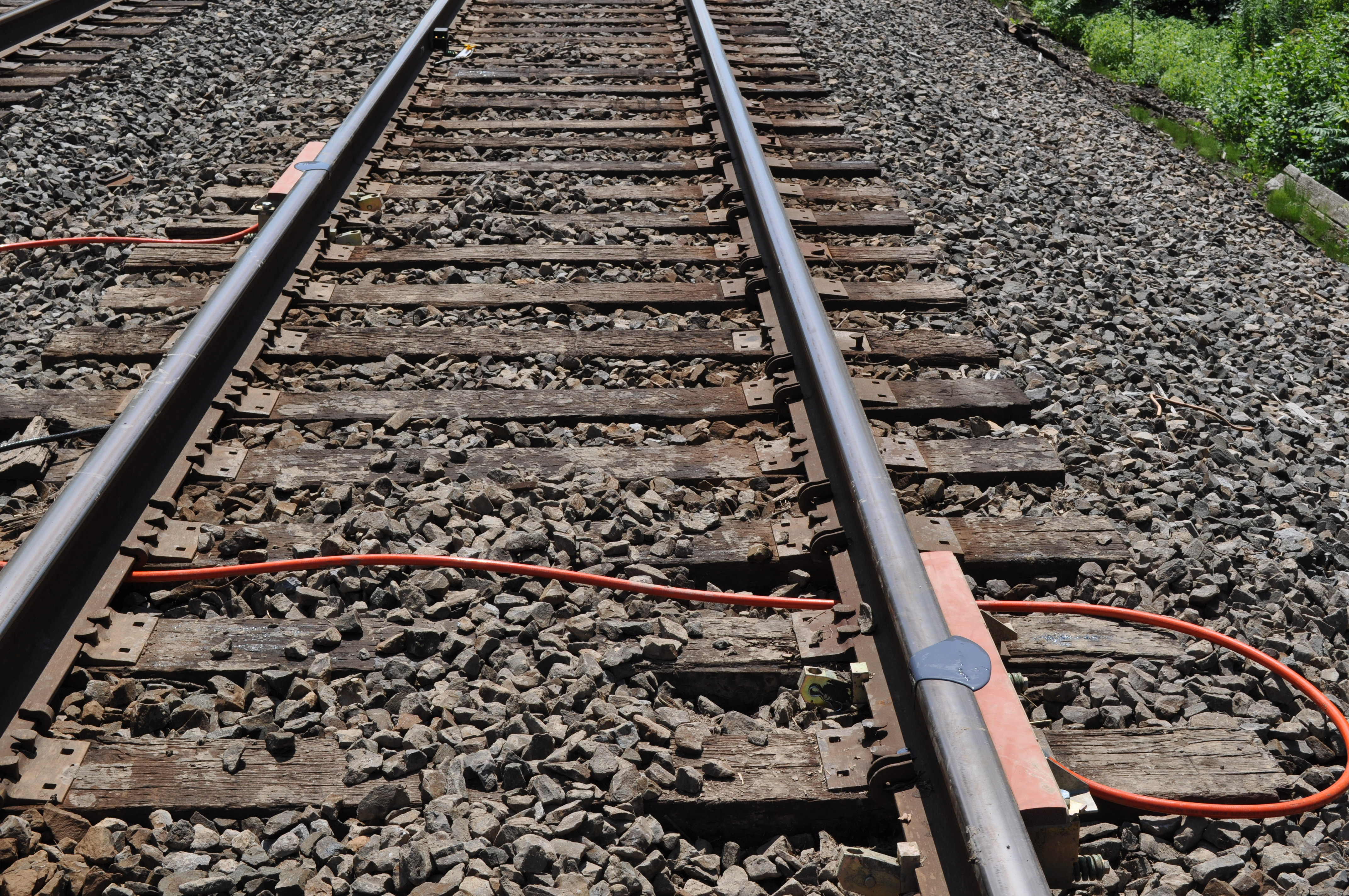 Top of Rail application systems