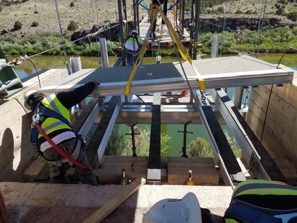AlumaBridge® aluminum bridge deck panels, aluminum stringers, floor beams