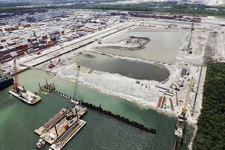 L.B. Foster Supplies $28M Steel Piling Contract for Major Florida Port Project